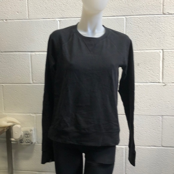 lululemon athletica Tops - Lululemon black sweatshirt sz 8 62320